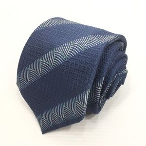 Dunhill London Blue Geometric 100% Silk Tie